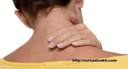 saraf terjepit di leher
